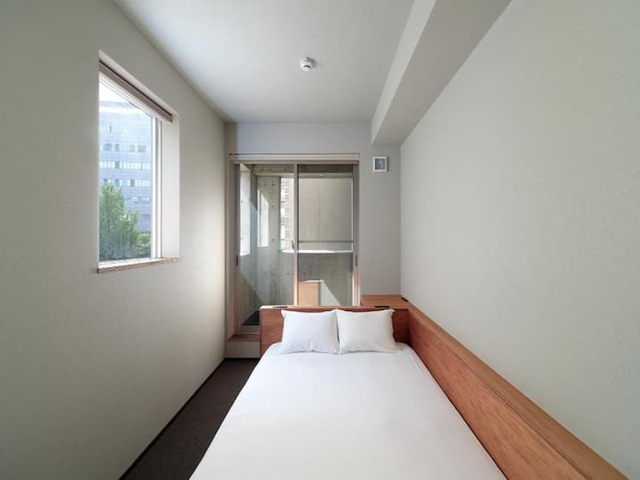 5mins->Hakata Station/Double room/NoMeal