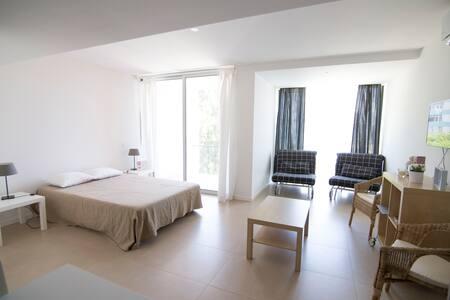 Casa da Luz 4 - 200m da praia - 3min a pé - Sesimbra - Apartment