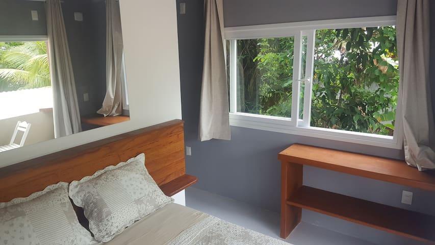 Suites com banheiro privado na beira do mar,