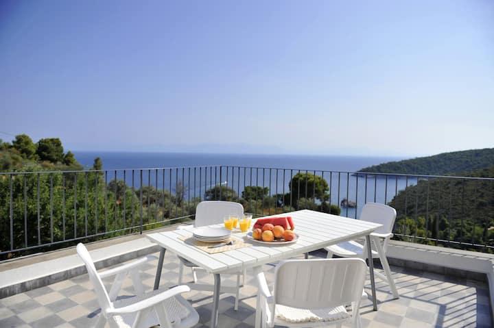 Stunning Sea views villa, overlooking the Aegean