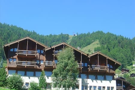 Charming  Mountain House Grimentz - Grimentz