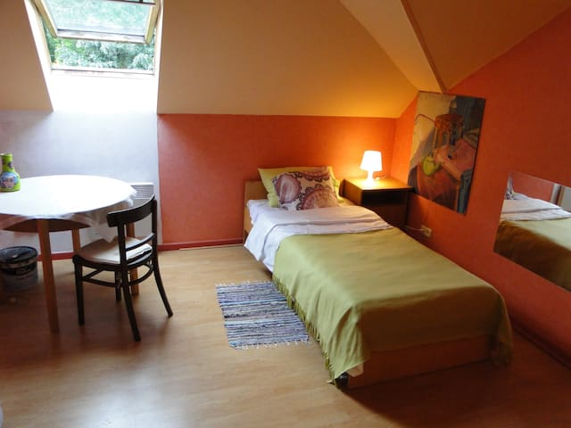 room/pokój in Nadarzyn