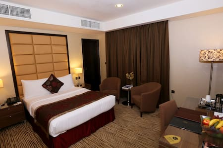 4 Star Hotel Studio  ( Double or Twin Bed)