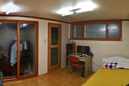 One room at Suwon City. Convenient and cheap - Jangan-gu, Suwon