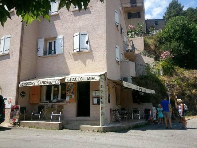 Appartement entrée du village d'Asco, Haute-Corse