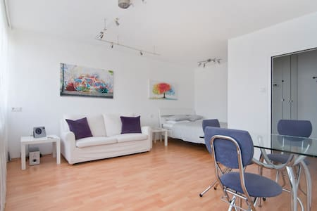 Studio in Vienna, near city center - Wien