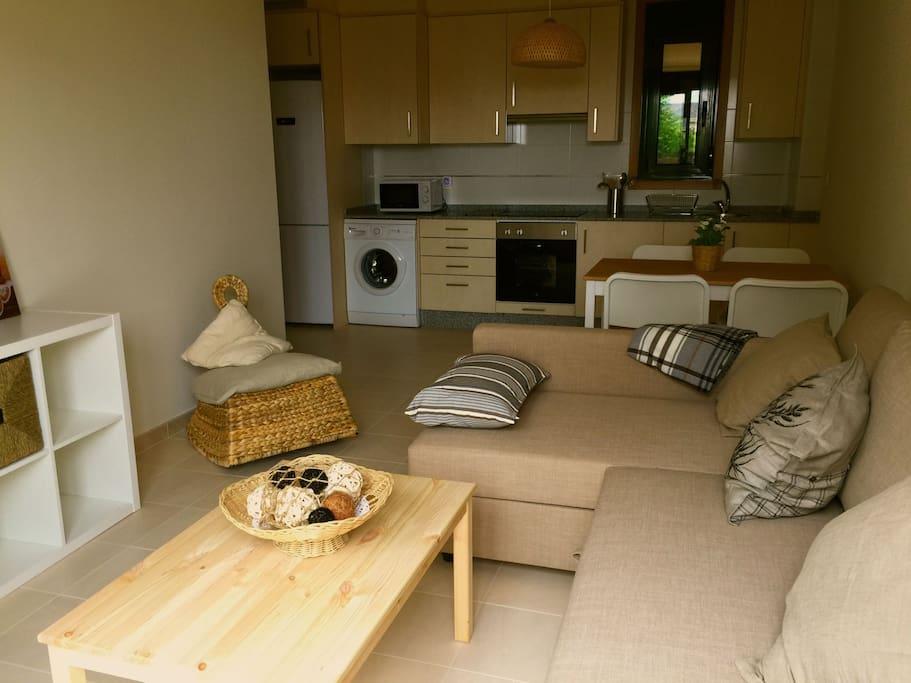 Salón con sofá cama  doble