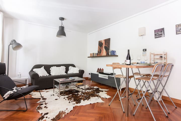 Cozy renewed flat in downtown Milan - Mailand - Wohnung