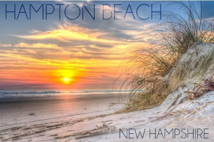 Hampton Beach  4bdrm - 2 Min Walk to Beach & Blvd