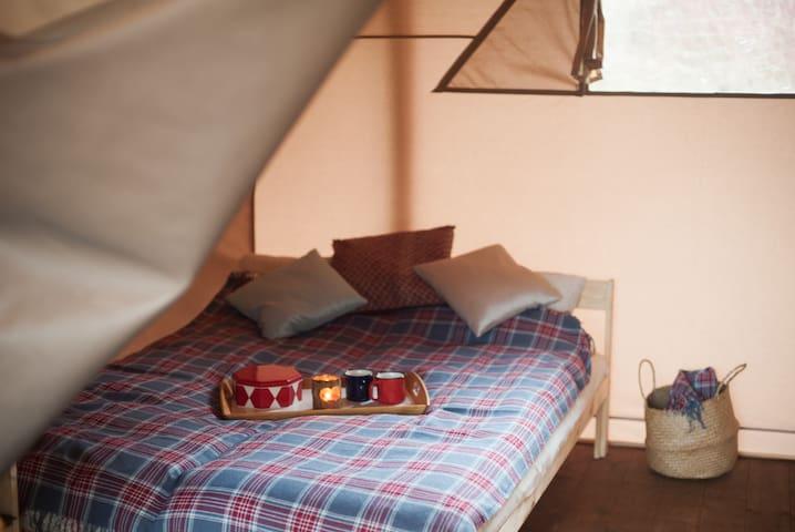 Кровать 140см