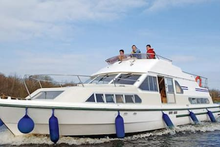 3 night cruise on the river Shannon - Cork - Båt