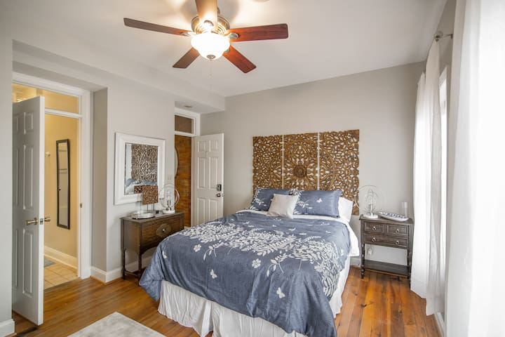 Master Bedroom with Attached Bath, Queen Bed and Twin Air Mattress