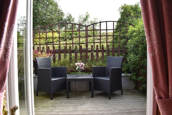 Beech Hill House - Private Garden & Dog Friendly
