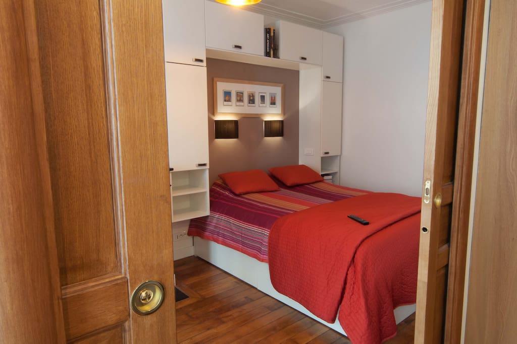 One seperate bedroom