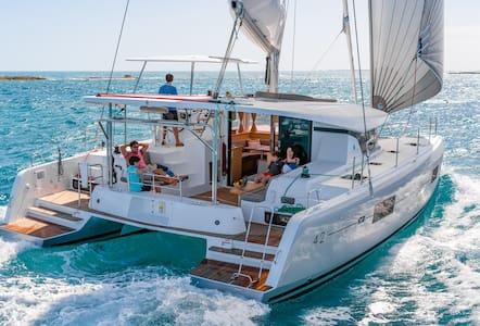 Catamaran Lagoon 42 2017, Skipper, Dubrovnik-Split - Općina Dubrovnik - Vene