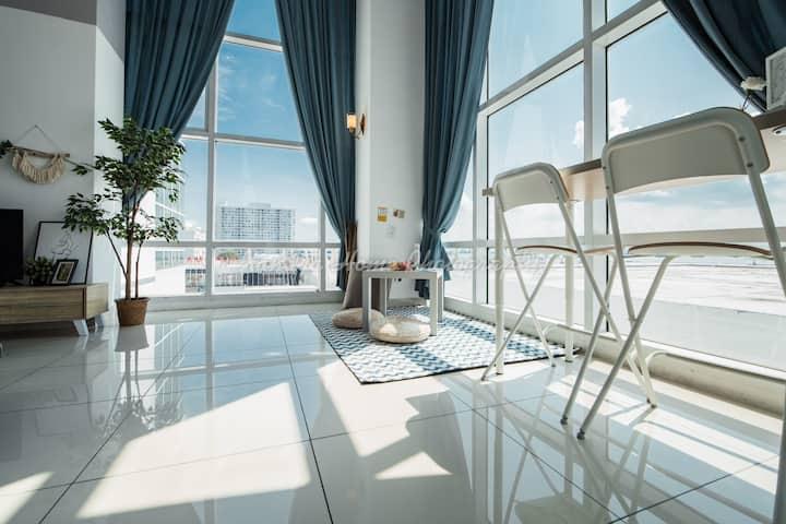 New Modern PartialSeaview Duplex Condo @Georgetown