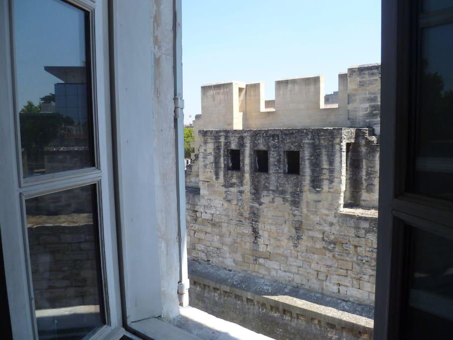 la vue de la fenêtre