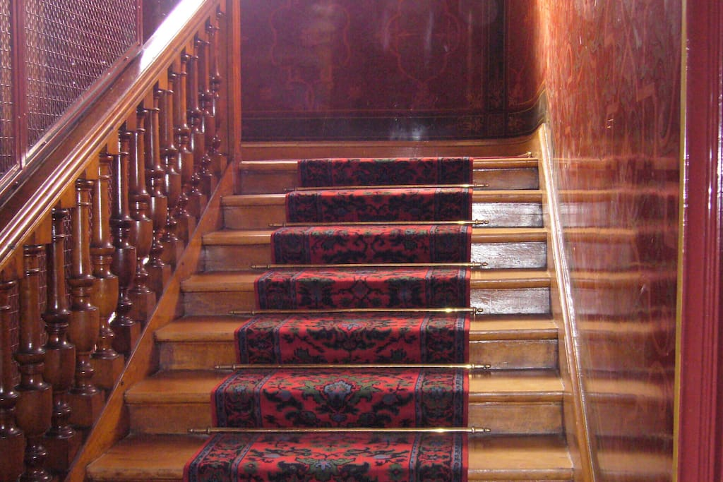 Beautiful 19th century staircase (there is also an elevator)