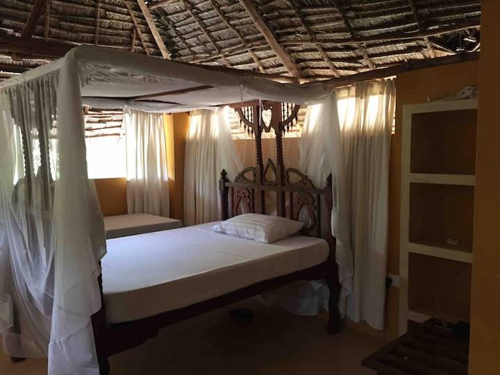 Mangrove House-Makuti Room, Beachfront, Manda,Lamu