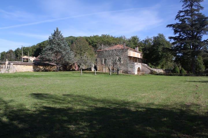La Maison De Maitre - Cuzorn - บ้าน
