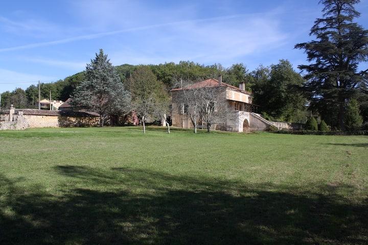 La Maison De Maitre