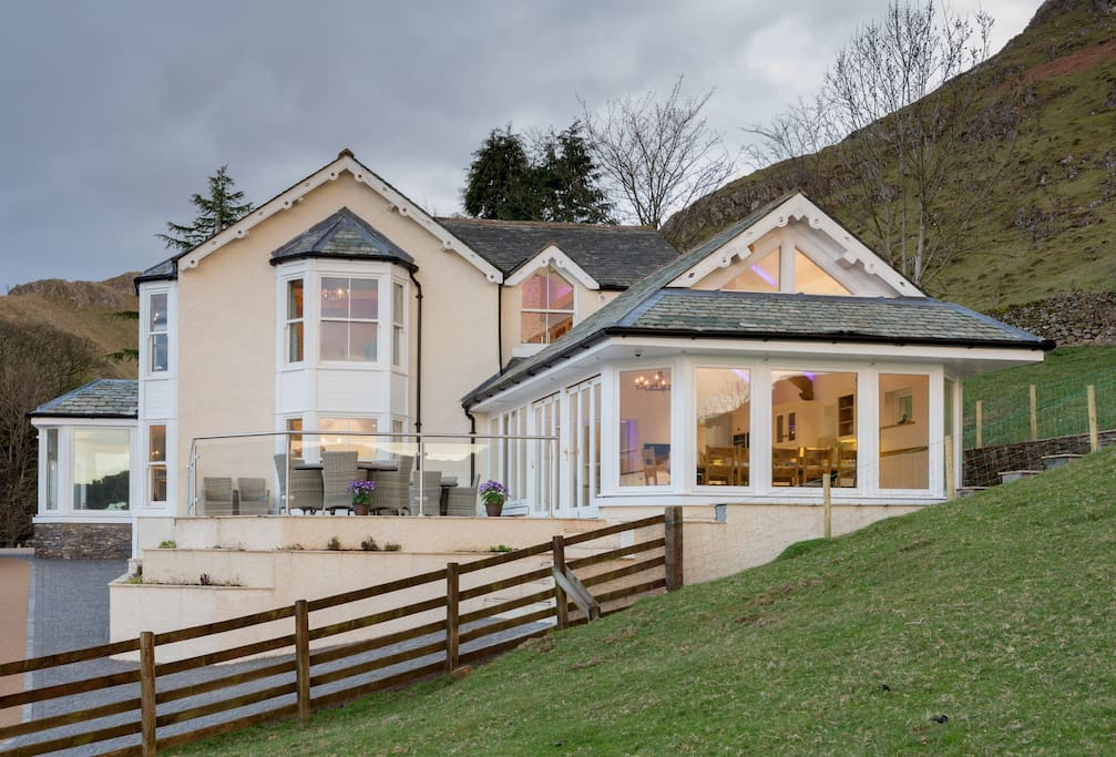 In the tranquil and beautiful English Lake District lies Waternook