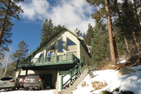 WINTER WONDERLAND!!  Lazy Bear Retreat. - Pagosa Springs - Kisház