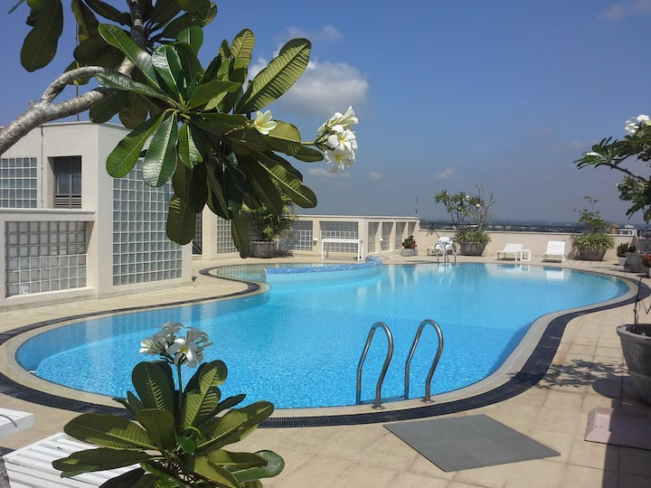 Hedges Court 3 BR Apartment Colombo