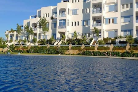 Apartment with pool view in Marina Smir