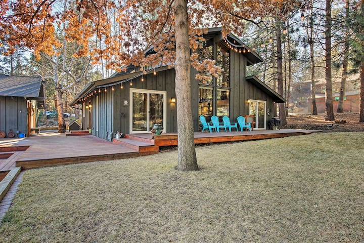 Rustic Bend House w/ Deck, Fire Pit & Yard!