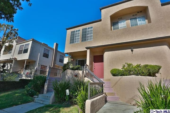 2 bedroom Townhouse in Pasadena - Pasadena - Townhouse