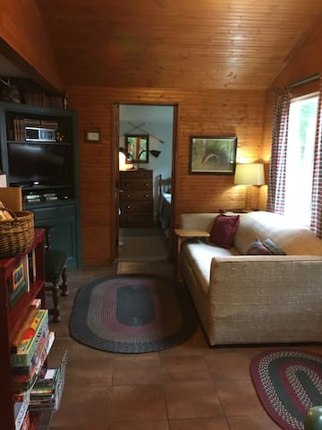 Cedar Cabin/Hideaway Resort