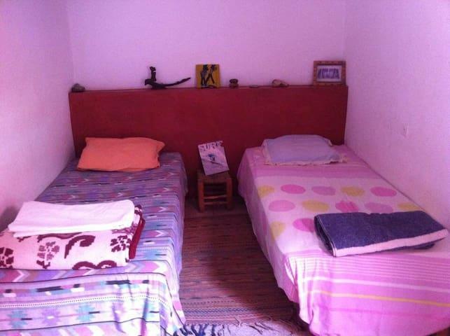 """""""Les Canailles"""" - Twin room - Sidi Ifni"""