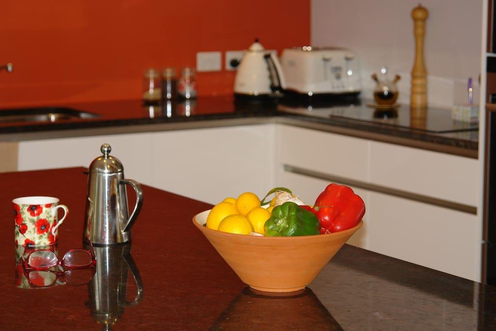 Kitchen for coffee & tea
