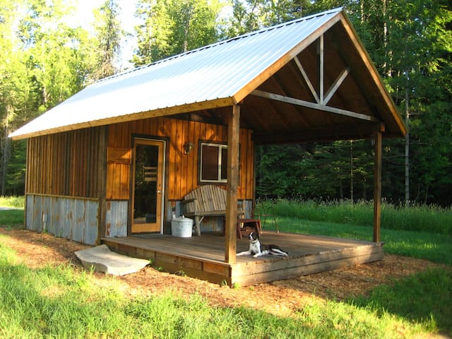 Camping cabin in country setting - Sandpoint - Blockhütte