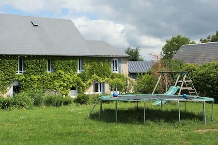 Grand gîte en Auvergne Familles&enfants bienvenues