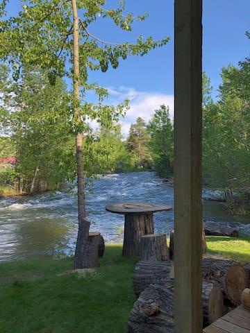 The Cottonwood @ 21eRosebud - Tippet Rise, River?