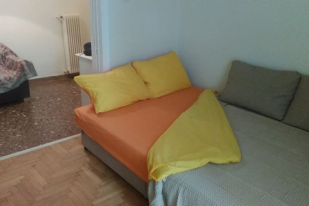 Bedsofa in the room