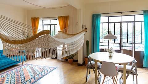 Sunny & spacious room / rooftop patio / near Roma