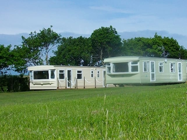 Waterbridge Golf Course Luxury Holiday Caravans - Copplestone