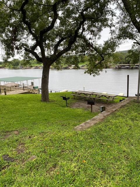 Lake View condo