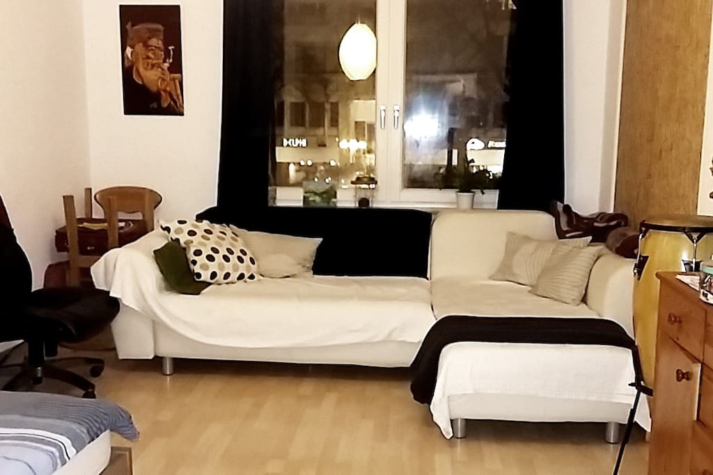 Couch that can be trasformed in double Bed