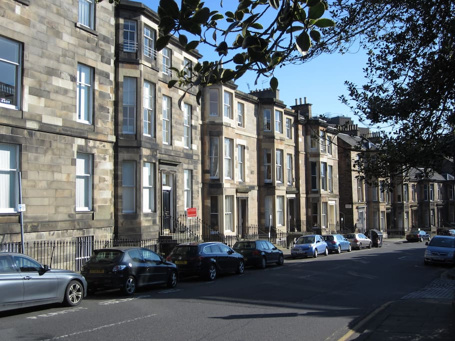 A ground floor apartment in the west end of the historic 'Edinburgh New Town'.