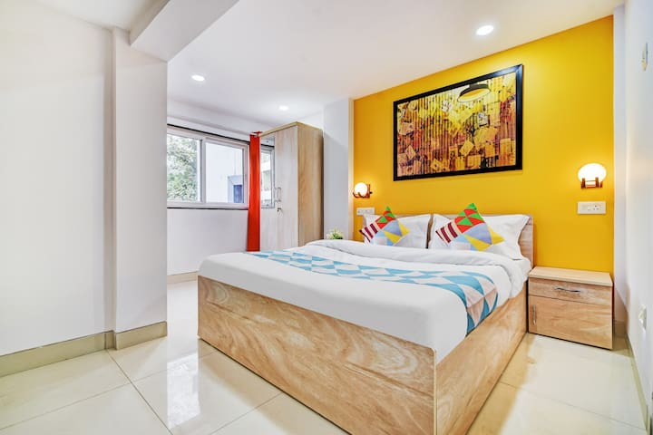 OYO Best Deal! Well-Lit 1BR Abode in Pune
