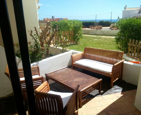 Nice reformed beach-apartment with sunny terrace