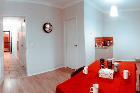 Perth CBD inner City Central Townhouse Free WiFi - Perth - Townhouse