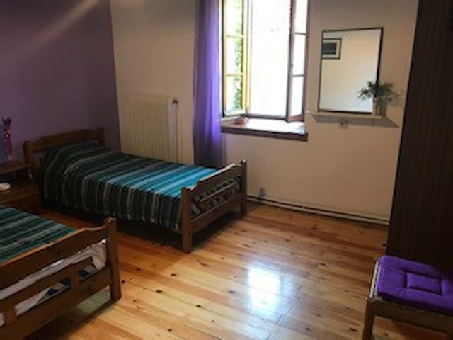 Room 5 at 2nd floor with 2 single beds, shared WC