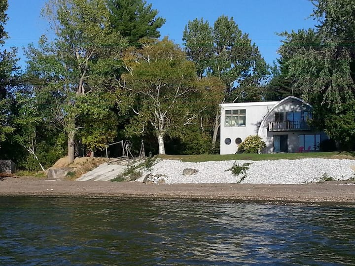 Lake Champlain waterfront, your own private beach