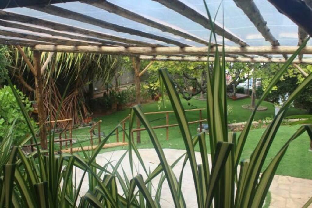 Área de jardim e lazer