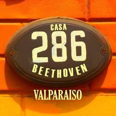 CASA BEETHOVEN, Valparaiso